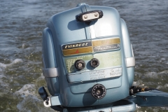 1954 Evinrude Fastwin 15